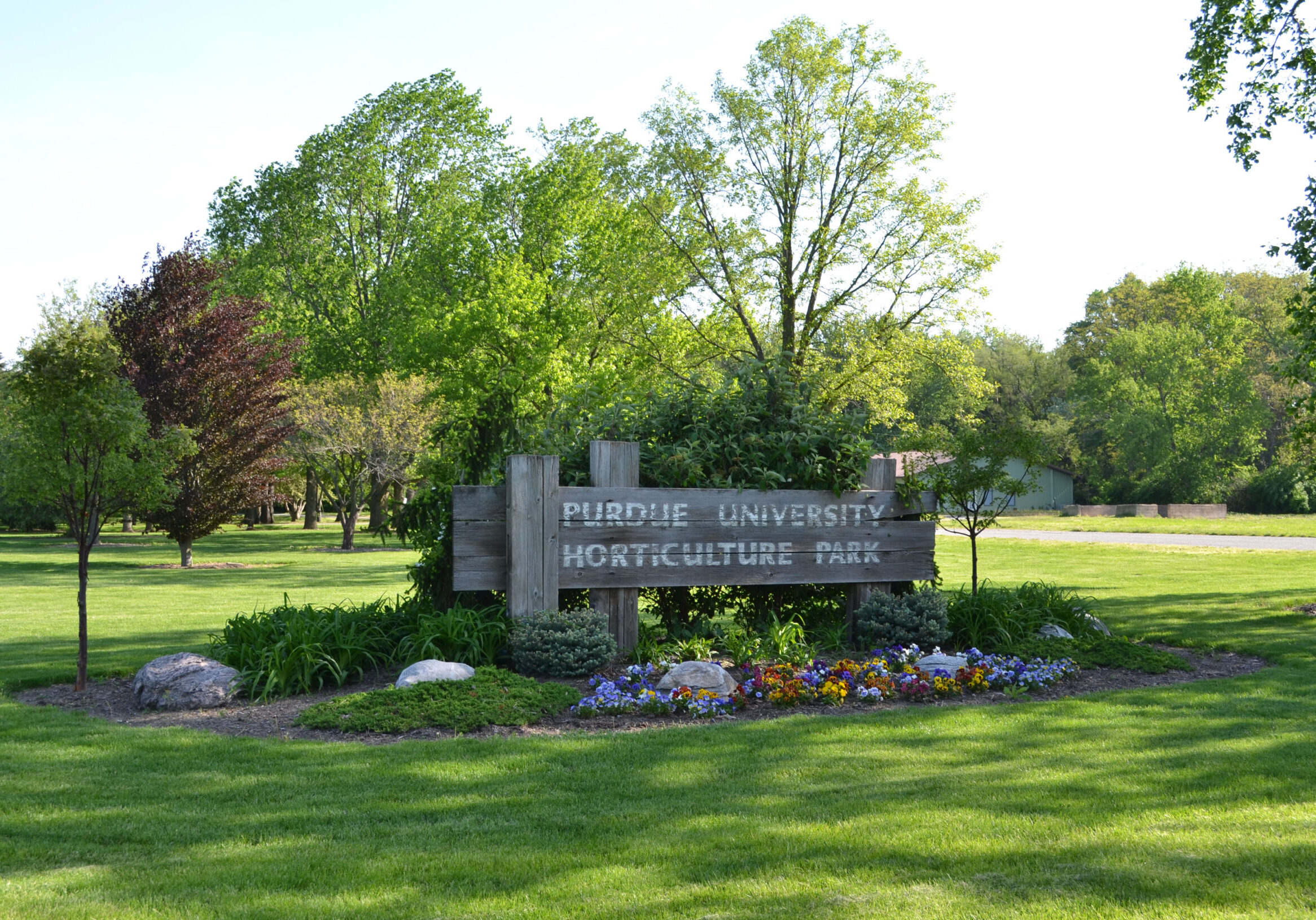 Horticulture Park Entrance Sign on West State Street